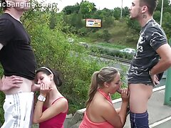 Fémur videos pornos caseros de veteranas peludo, la mujer juega con mucho pelo.
