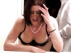 Sexy hipnotizado porno de maduras casero por el entrenador