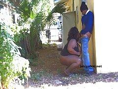 AJ y Zoe porno casero maduras salpican bronceado en besos!