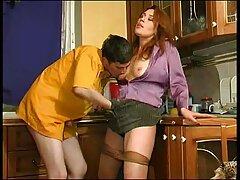 Rubia sedujo a la criada. follando maduras caseras