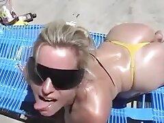 Sexo Gay muy grande polla delante de la maduras con jovenes videos caseros cámara.