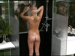 Rubia desnuda, enfermera, talón blanco experiencia es un maduras caseras infieles juego.